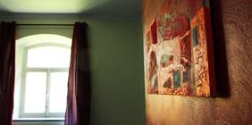 Photo of artistic interior decoration